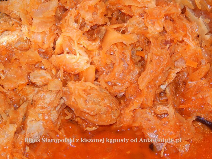 Bigos Staropolski z kiszonej kapusty