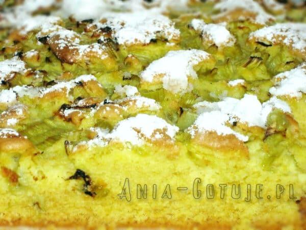 ciasto drożdżowe z rabarabrem